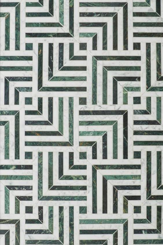 мозаика с белым и зеленым мрамором