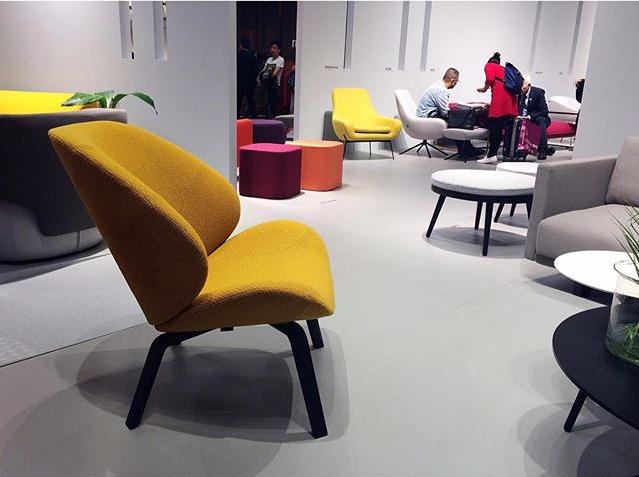 Кресло желтое выставка ISaolni 2017