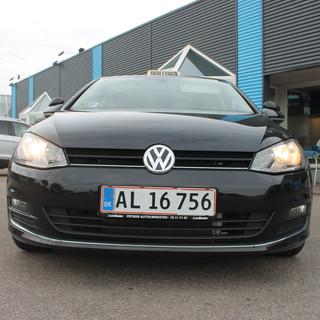 Volkswagen Golf køres af Ulla Jensen