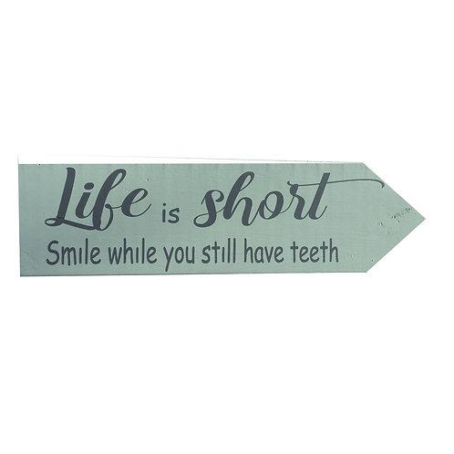 Wegwijzer: Life is short