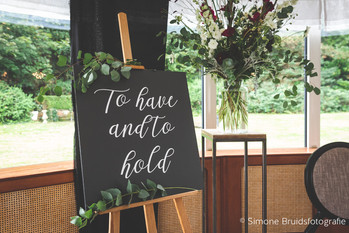 Weddingsign: 'To have and to hold