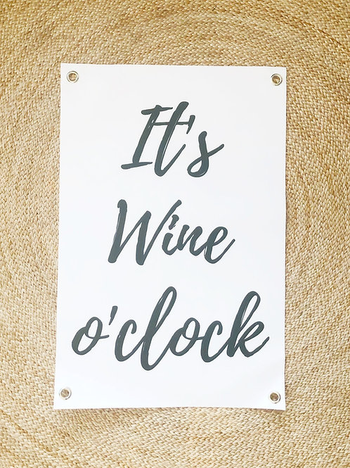 Tuinposter: It's wine o'clock