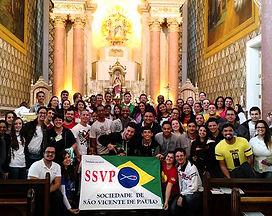 Jovens, sociedade, bandeira