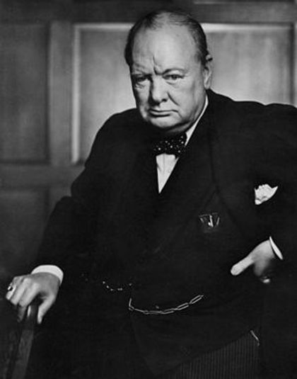 Winston_Churchill_1941_photo_by_Yousuf_Karsh.jpg