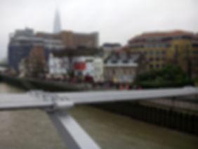 Shakespeare's_Globe_from_London_Millennium_Bridge,_London,_UK,_january_2015.jpg
