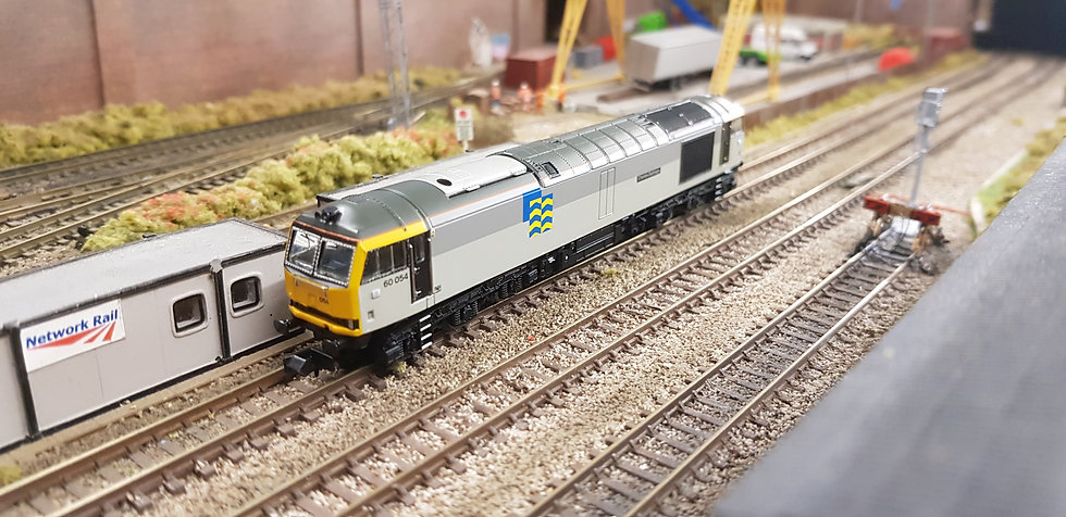FARISH 371-354 Class 60 054 Charles Babbage Railfreight Petroleum Sector