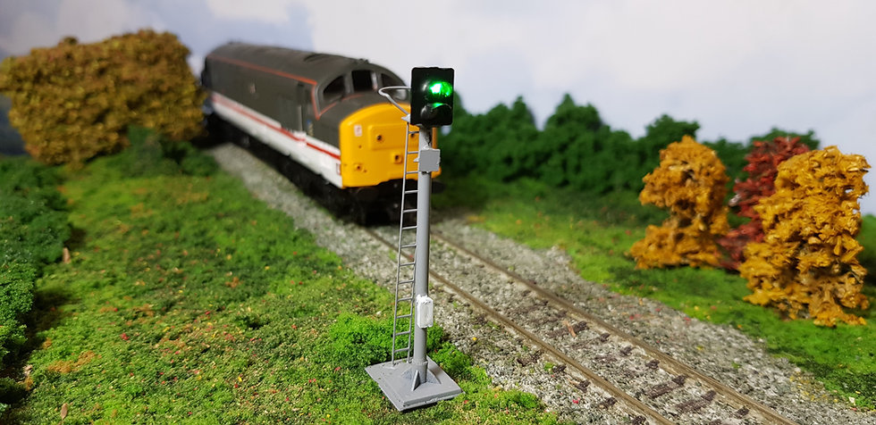 OO Gauge 2 Aspect Home Signal with Safety Ring