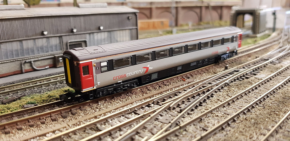 Dapol 2P-005-880 Mk3 TSO second open 42373 in Cross Country Trains livery