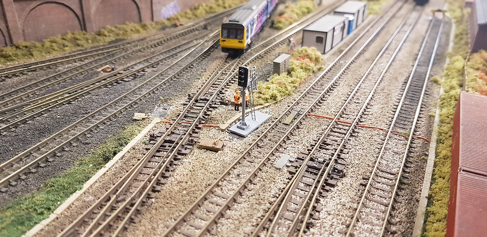 N Gauge 3 Aspect With Cage Dummy Signal (Non Working)
