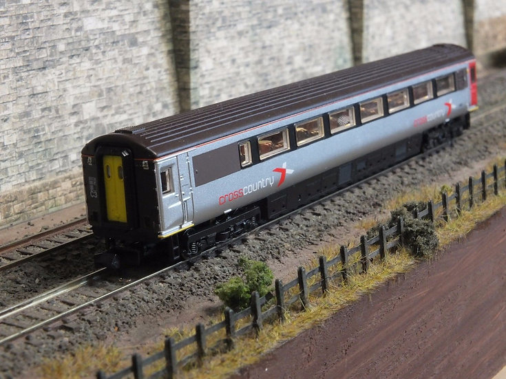 Dapol 2P-005-660 Mk3 TGS trailer guard second 44052 in Arriva Cross Country live