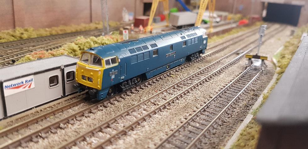 Dapol 2D-003-005 Class 52 BR Blue D1072 Western Glory