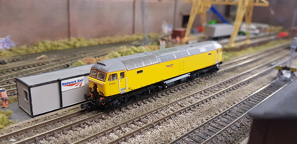 Farish 361-656 Class 57 57312 in Network Rail Yellow