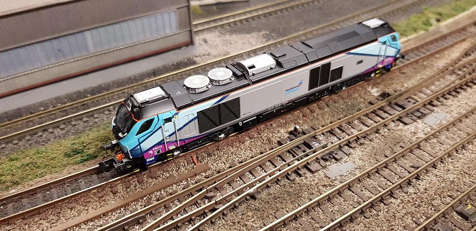 2D-022-009DCCS Dapol N Gauge Class 68 'Brutus' Transpenine Express Locomotive