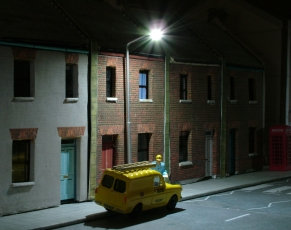 OO Gauge Modern Single White Street Light