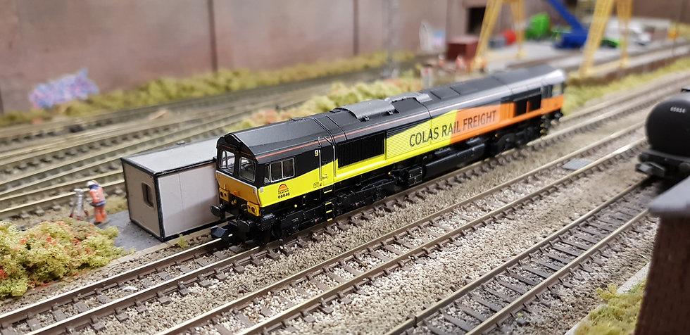 Farish 371-387 Class 66 Colas