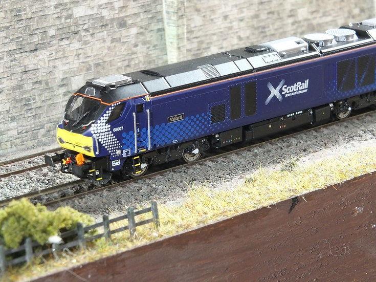 """Dapol 2D-022-006 Class 68 68007 """"Valiant"""" in Scotrail livery"""
