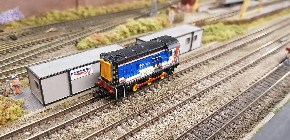 Farish 371-023 Class 08 08600 Diesel Shunter Network SouthEast