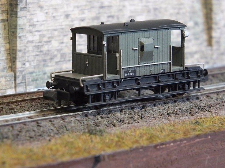 Farish 377-526C 20T Brake Van BR Grey Weathered