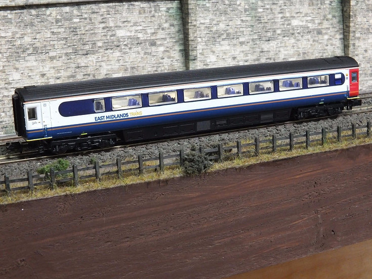 Dapol 2P-005-760 Mk3 TGS trailer guard second 44073 in East Midlands Trains liv