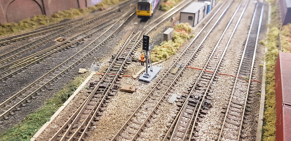 N Gauge 4 Aspect With Ring Dummy Signal (Non Working)