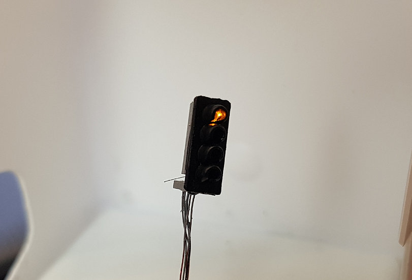 N Gauge 4 Aspect Signal Head Only