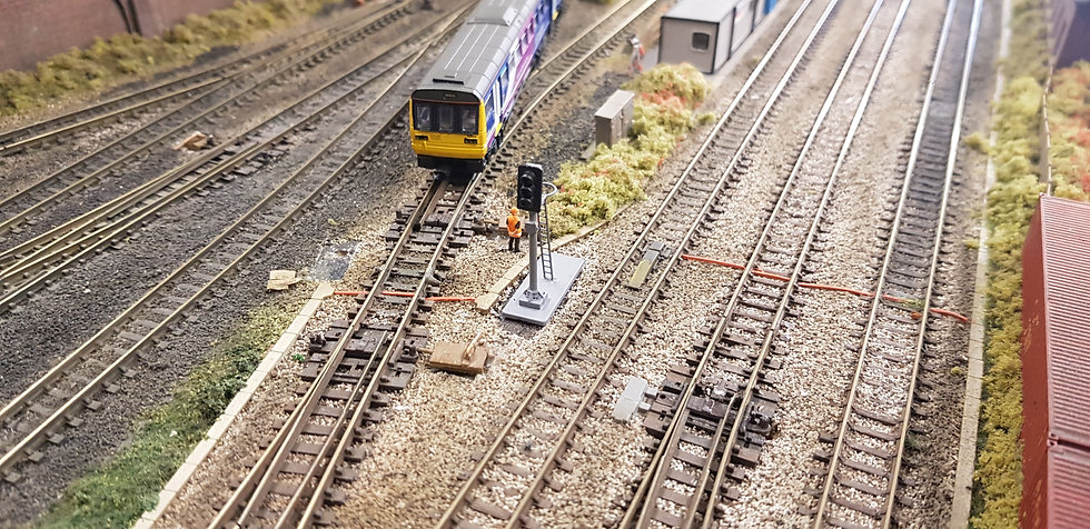 N Gauge 3 Aspect With Ring Dummy Signal (Non Working)