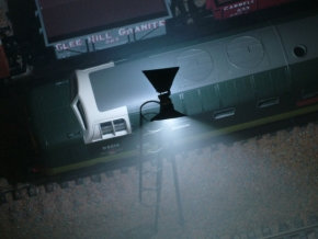 OO Gauge Modern Single White Yard Light