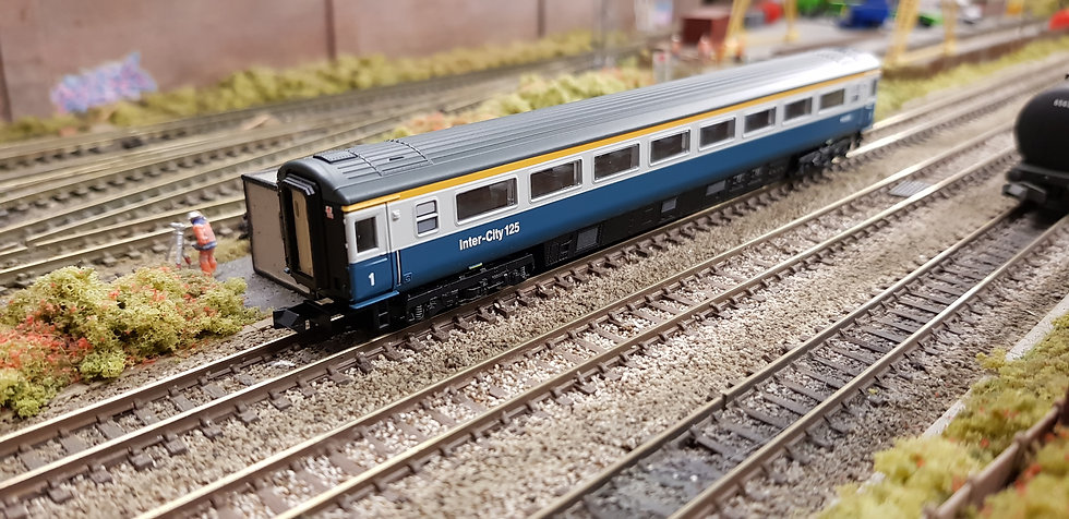 Dapol 2P-005-026 Mk3 TFO first open W41009 in BR blue and grey with Intercity 1