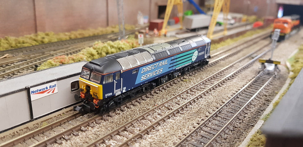 Farish 371-657 Class 57 57309 Pride of Crewe DRS Compass Livery
