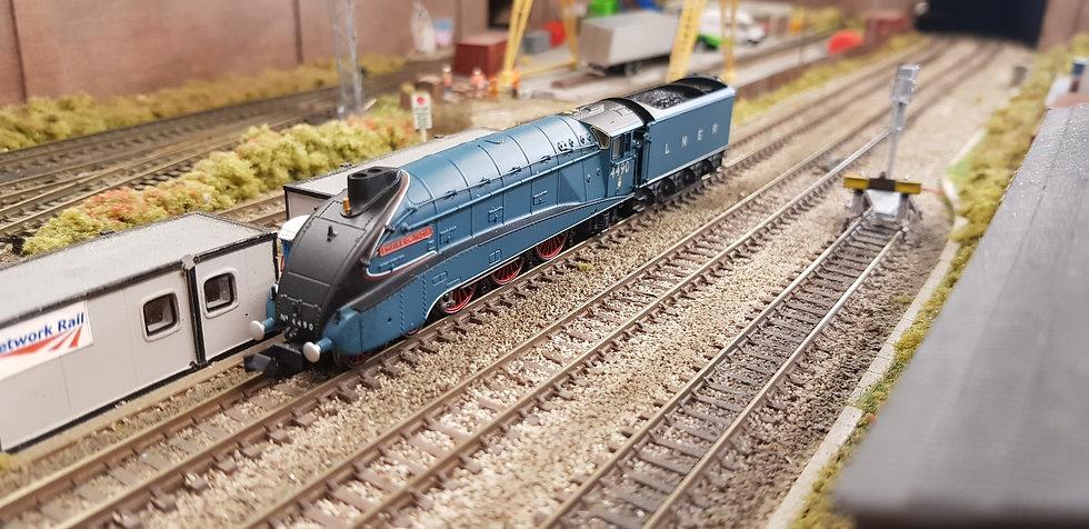 DAPOL 2S-008-009 A4 VALANCED 'Empire Of India' 4490 Garter BlueLNER