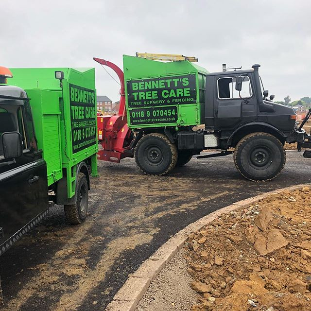 defender and unimog bennetts tree care