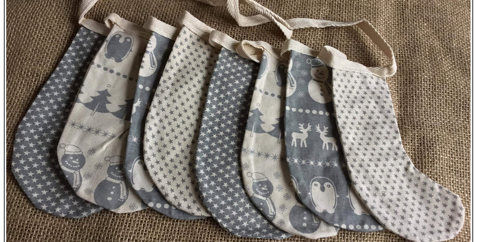 Stocking bunting in grey and Winter whIte (005)