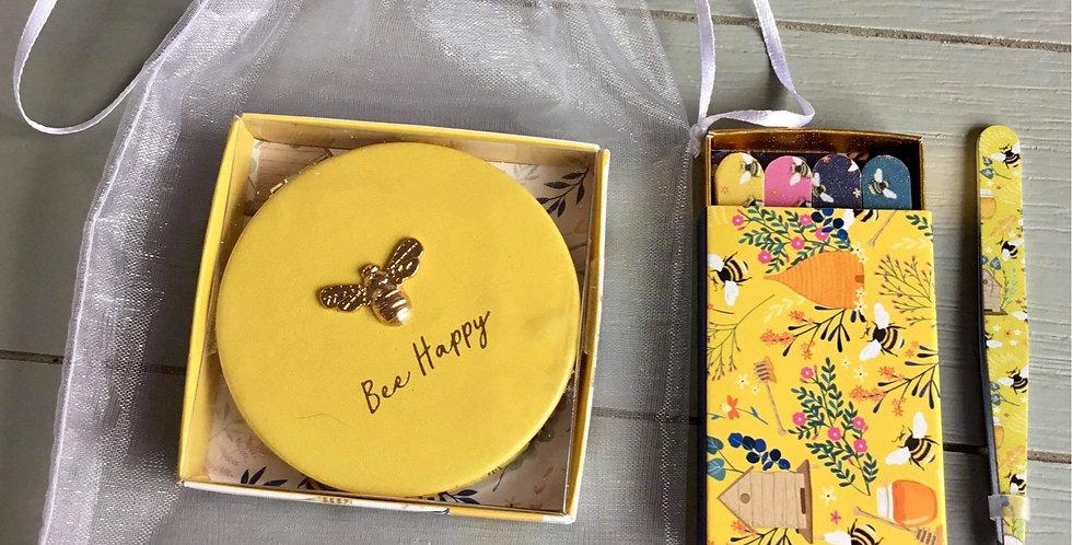 Handbag beauty tool kit in yellow