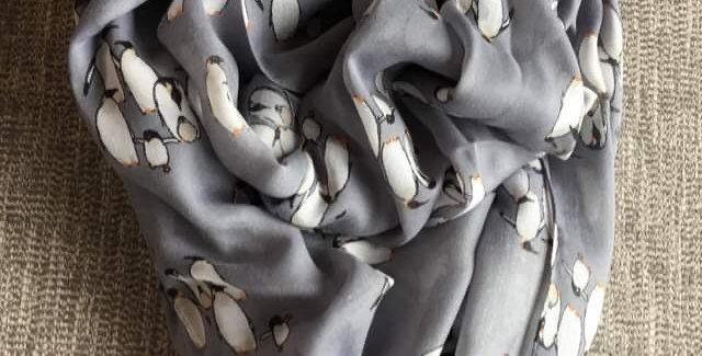 Grey Happy Feet Scarf