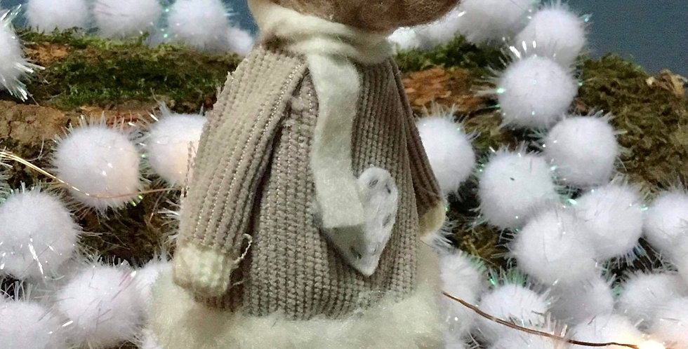 Grey mouse in clogs tree decoration