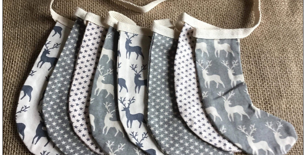 Stocking bunting in grey and Winter white (006)