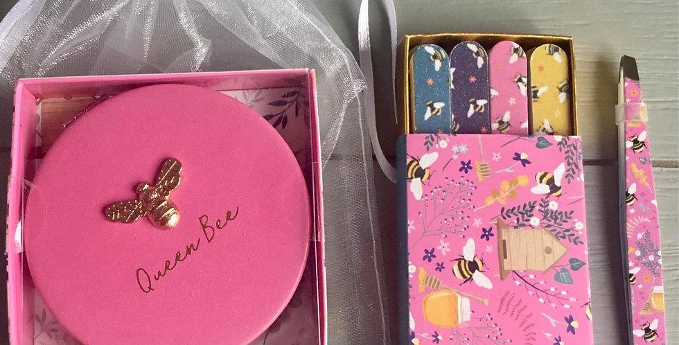 Handbag beauty tool kit in Pink