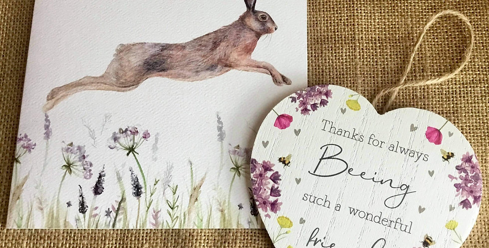 Leaping Hare Card with Floral Heart....Thanks for Beeing such a Wonderful Friend