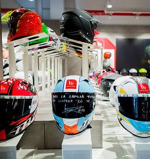 MT Helmets Motorbike b.jpg