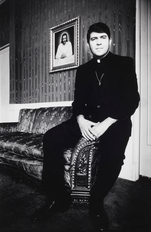 Rev Troy Perry.jpg