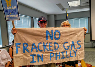 Pictures: Tell Philadelphia Regional Port Authority - No More Fossil Fuel Infrastructure