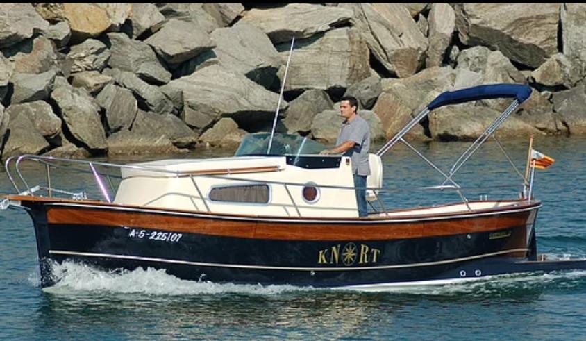 Alquiler Barco Knort