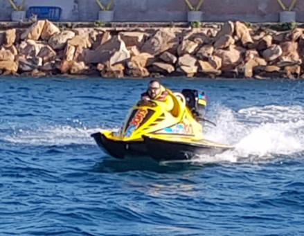 Fórmula 1, disfruta como nunca de una embarcación SIN LICENCIA.