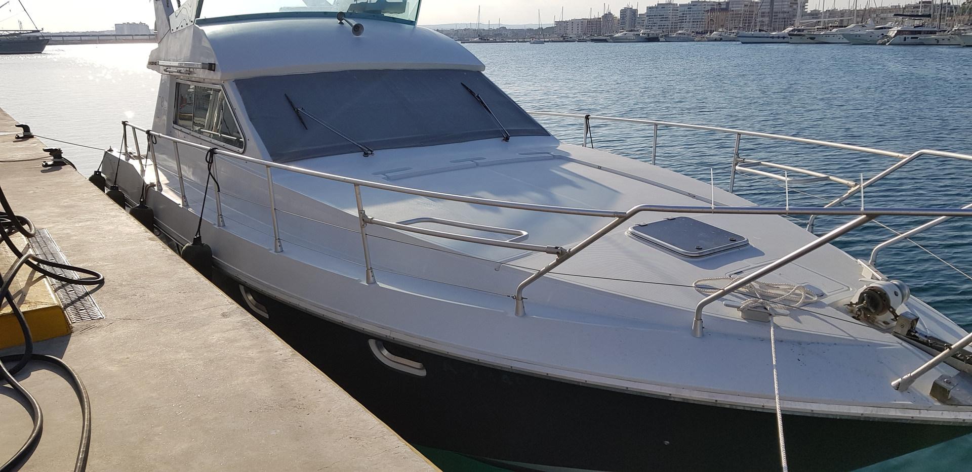 Rent Boat Mochi