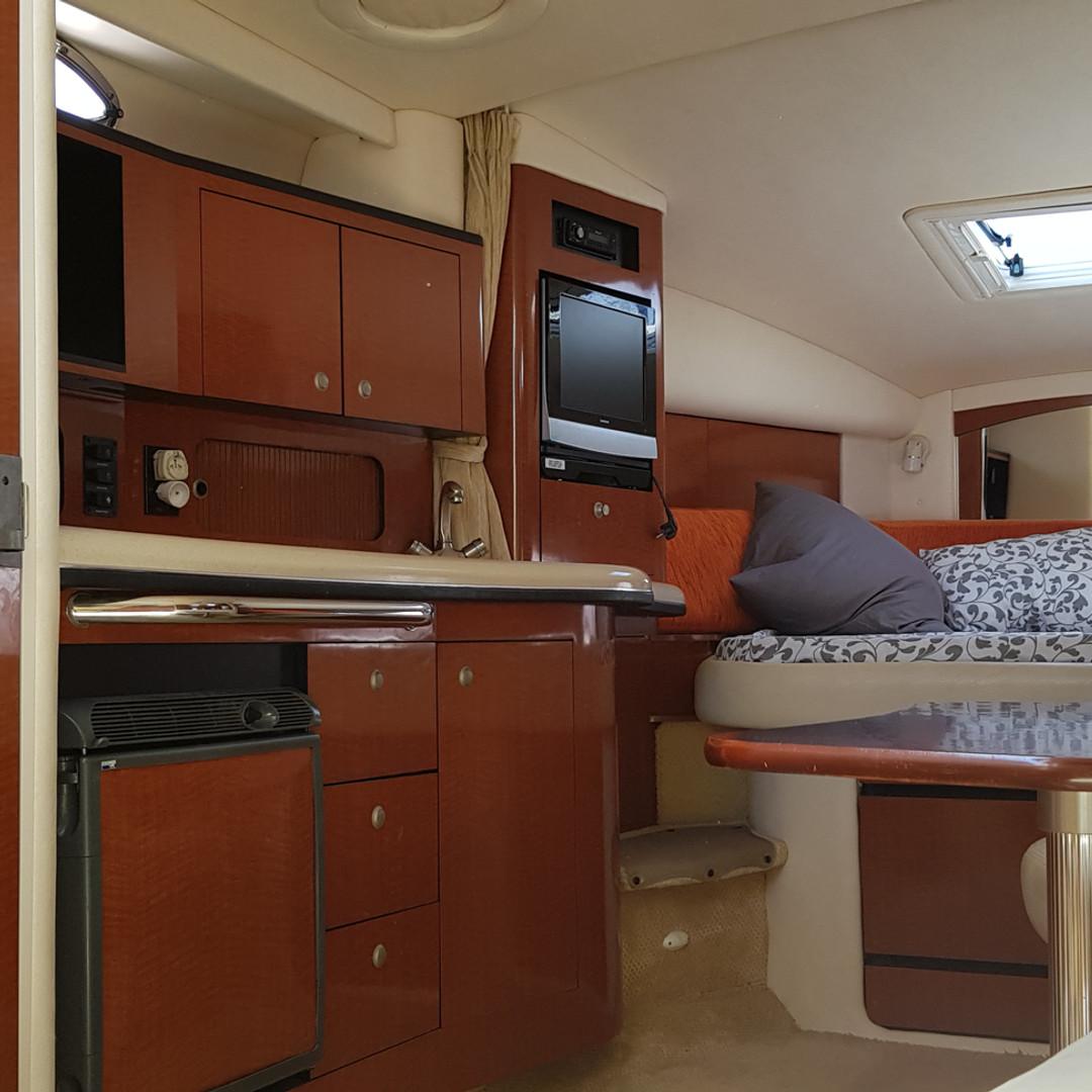 Rent Boat Searay
