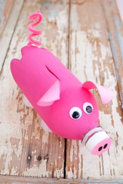 CEM pig & car-1534