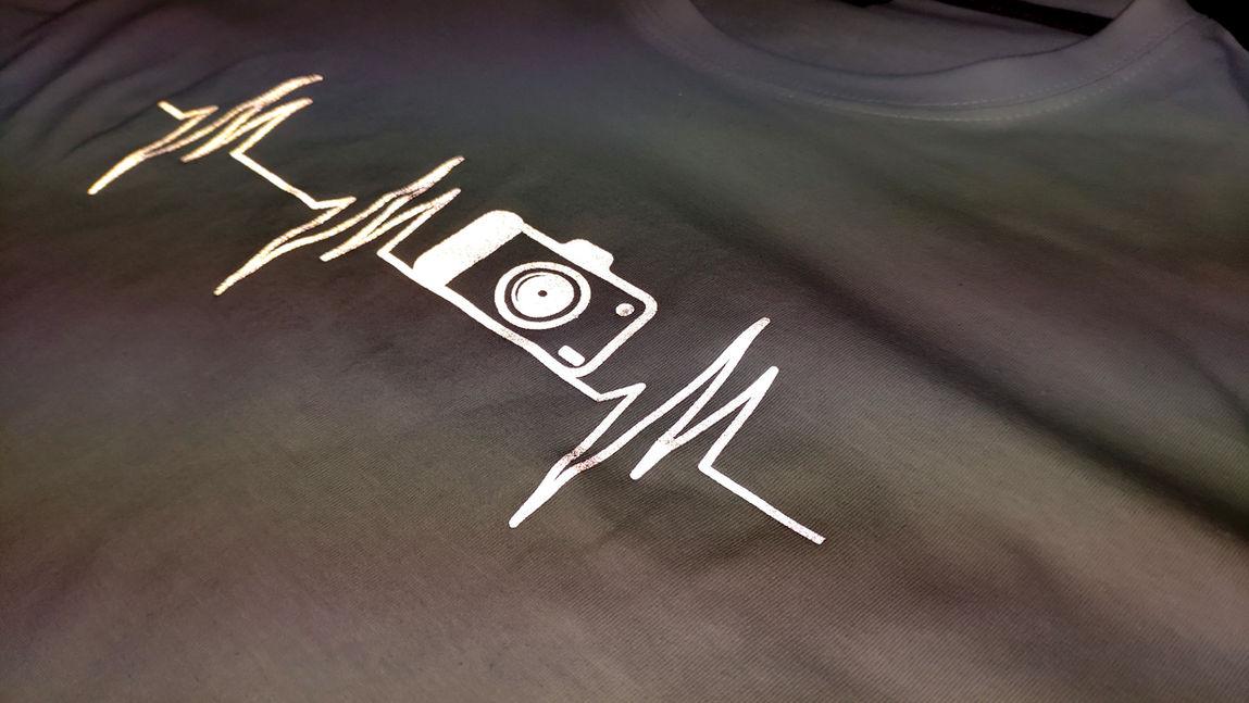 פלקס מחזיר אור עיצוב חולצה אישי