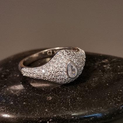 טבעת משובצת כסף טהור