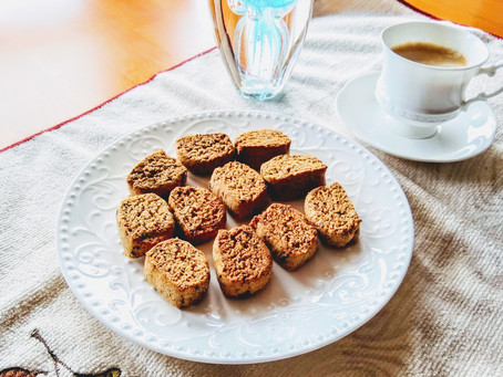 Almond cookies that smell like holidays