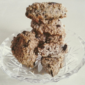 Guilt-free oatmeal cookies with banana chocolate raisin walnuts